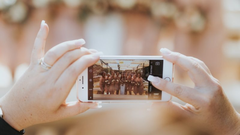 Three Reasons Why You Should Consider Having An Unplugged Ceremony